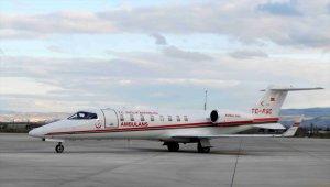 Ambulans uçak böbrek hastası için havalandı