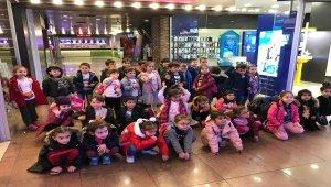 Anaokulu öğrencileri sinemayla buluşturuldu