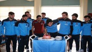 Trabzonspor'da Uğurcan'a doğum günü kutlaması