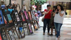Bolu'da orta okul öğrencileri resim sergisi açtı