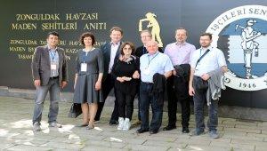 Polonyalı akademisyenler Maden Müzesi'ni gezdi