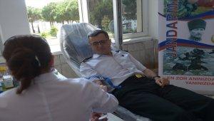 Komandolar kan bağışında bulundu