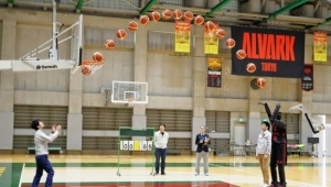 Toyota'dan yapay zeka profesyonel basketbolcu