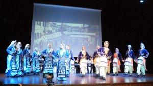 Vezirköprü'de halk oyunları ve türküler buluştu