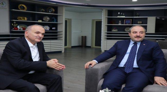 Bakan Varank'tan Düzce Belediye Başkanı Özlü'ye ziyaret