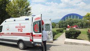 Ambulans helikopter 14 günlük bebek için havalandı
