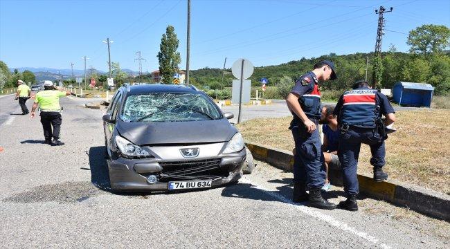 Bartın'da trafik kazası: 3'ü çocuk, 5 yaralı