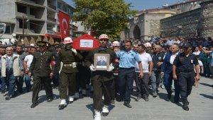 Şehit Uzman Onbaşı Gezer son yolculuğuna uğurlandı