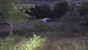 Zonguldak'ta otomobil uçuruma yuvarlandı: 2 ölü, 1 yaralı