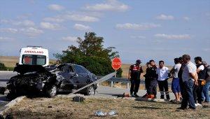 Amasya'da otomobil devrildi: 1 ölü, 2 yaralı