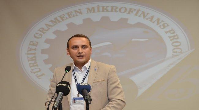 Girişimci kadınlara 875 milyon lira mikrokredi