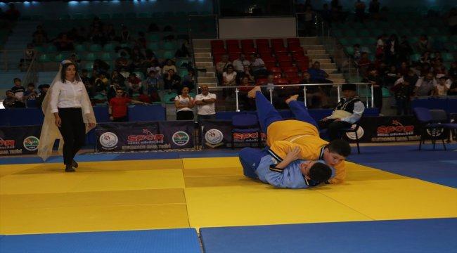 Kuşak Güreşi Minikler Türkiye Şampiyonası sona erdi