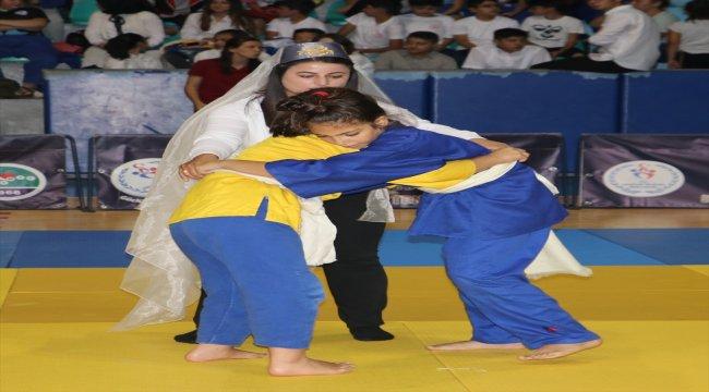 Kuşak Güreşi Minikler Türkiye Şampiyonası