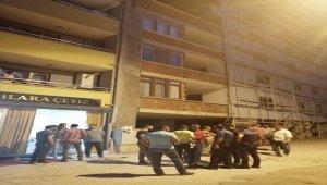 Zonguldak'ta taşlı sopalı kavga: 5 yaralı