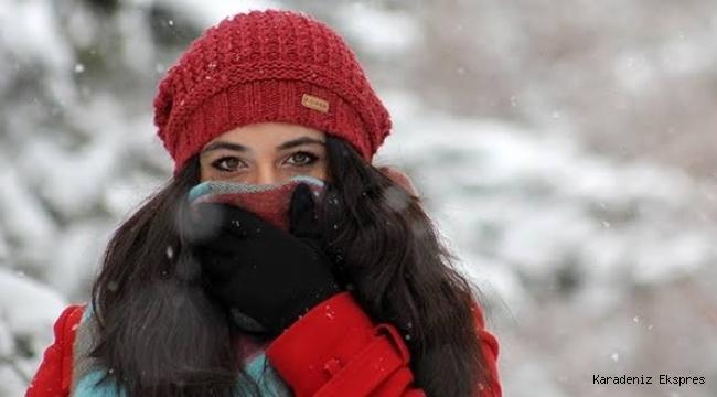 Soğuk ve yağışlı hava geliyor, sıcaklıklar azalacak