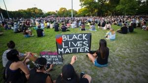 New York'ta ırkçılık karşıtı eylemler 15. gününde