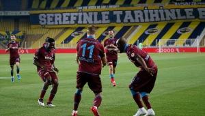 Trabzonspor, 23 yıl sonra Fenerbahçe'yi deplasmanda mağlup etti