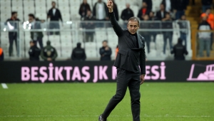 Abdullah Avcı'nın Beşiktaş ile ilk yarıda yapmış olduğu maçlara dair güzel bir analiz
