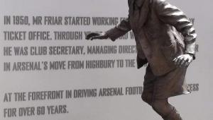Arsenal kulüp sekreteri Ken Friar'ın sıra dışı hayat hikayesi