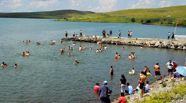 Çıldır Gölü, Ege ve Akdeniz sahillerini aratmıyor