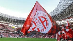 Beşiktaş maçı öncesi Antalyaspor'da çok sayıda Covid-19 vakası tespit edildi