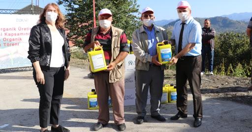 Çarşamba'da Organik Üretimin Geliştirilmesi Projesi Kapsamında Organik Gübre Dağıtıldı