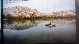 Fotoğraf sanatçısı Niyazi Gürgen'in Ulugöl fotoğrafı Atlas dergisinin Ekim sayısında yer aldı