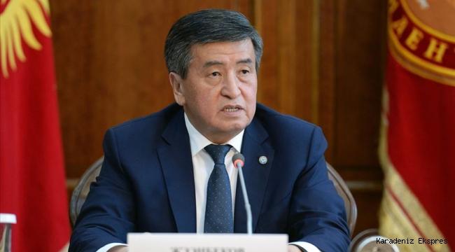 Kırgızistan Cumhurbaşkanı Ceenbekov istifa etti