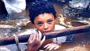 Omayra Sanchez 1972 -1985 Hayata masumiyetle bakan gözler