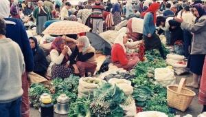 Eski İnsanlar için kasabalarda kurulan pazarlar görüşme ve buluşma yerleriydi