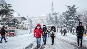 AKOM'dan İstanbul için kar uyarısı: Yağış ilerleyen saatlerde yer yer kuvvetli şekilde etkili olacak