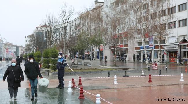 Bolu Belediyesi şiddetli yağmur ve rüzgâra karşı görev başında