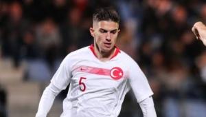 Milli Futbolcu Berat Özdemir Trabzonspor'da