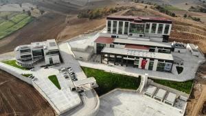 Vezirköprü Devlet Hastanesinin Merdivenlerinin Olmadığı Ortaya Çıktı