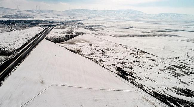 Kar yağışı çiftçiyi umutlandırdı