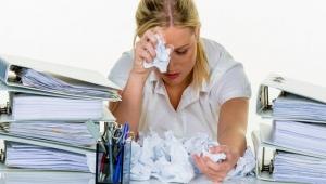Tükenmişliğin belirtileri ve semptomları nelerdir? Nasıl Başa çıkılır?