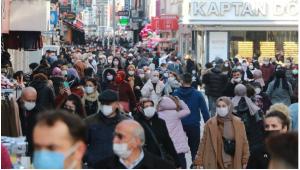 Vakaların patladığı Samsun'da sokaklar tıklım tıklım 'bunaldık, daraldık bırakın bizi'