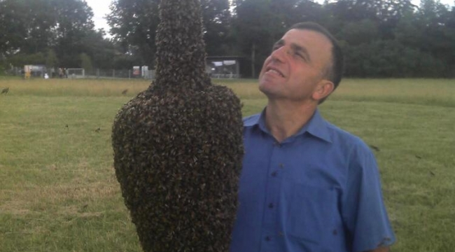 Almanyada Arılara Fısıldayan Adam Mustafa Korkmaz