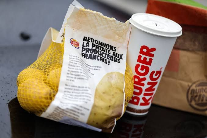 Burger King bedava patates dağıtıyor!