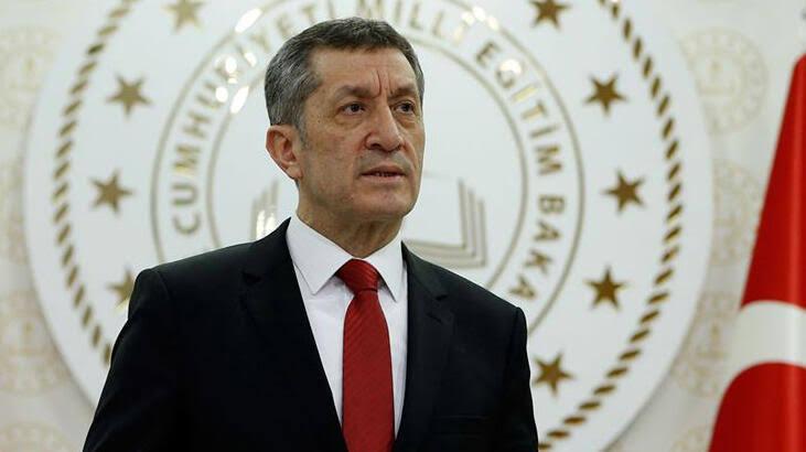 Milli Eğitim Bakanı Ziya Selçuk'tan okullarla ilgili önemli duyuru