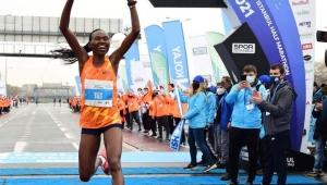 Dünya yarı maraton rekoru İstanbul'da kırıldı