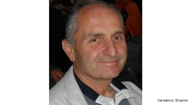 Gölköy'ün Bir Eczacı Ahmet'i Vardı. Geçti Gitti Bu Dünyadan... Rahmetle..