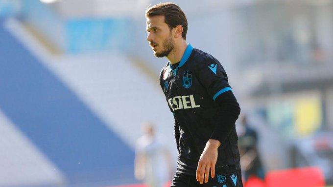 Kadro dışı bırakılan Abdulkadir Parmak, Abdullah Avcı ve Trabzonspor'dan özür diledi.