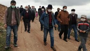 Ordu Kabataş'ta yeniden faaliyete geçirilmek istenen taş ocağına karşı bölge halkı tepki gösterdi