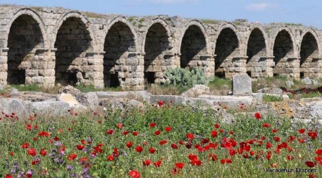 'Turizmin Başkenti' Antalya, Açık Hava Müzeleriyle Göz Kamaştırıyor