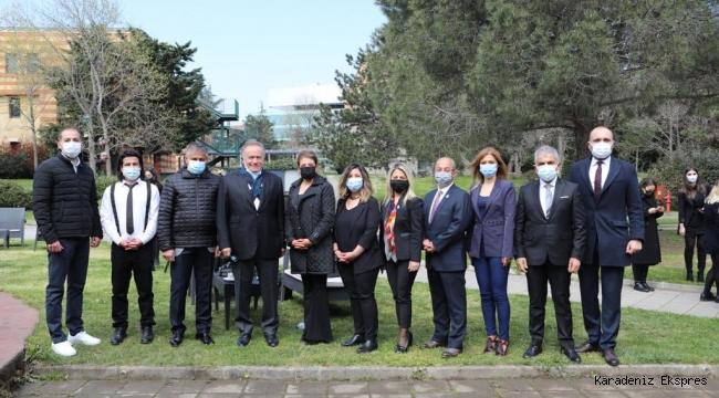 """""""Türkiye'nin gururu Diyarbakırlı gençler İstanbul'da BUEK Başkanı Enver Yücel ile buluştu"""""""