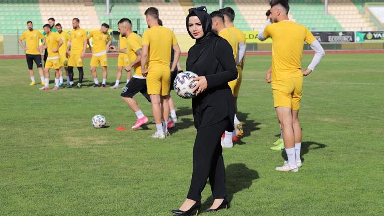 Muhafazakâr bir şehrin kadın futbol kulüp başkanı