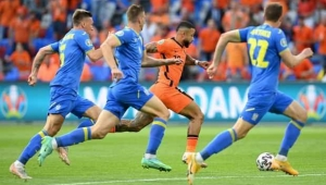 Hollanda Ukrayna maçı gözlerimizin pasını sildi