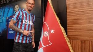 Trabzonspor Yeni Transferi Marek Hamsik İçin İmza Töreni Düzenledi