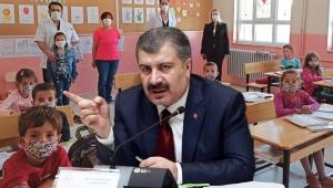 Sağlık Bakanı Koca'dan yüz yüze eğitim açıklaması: Topluma büyük sorumluluk düşüyor